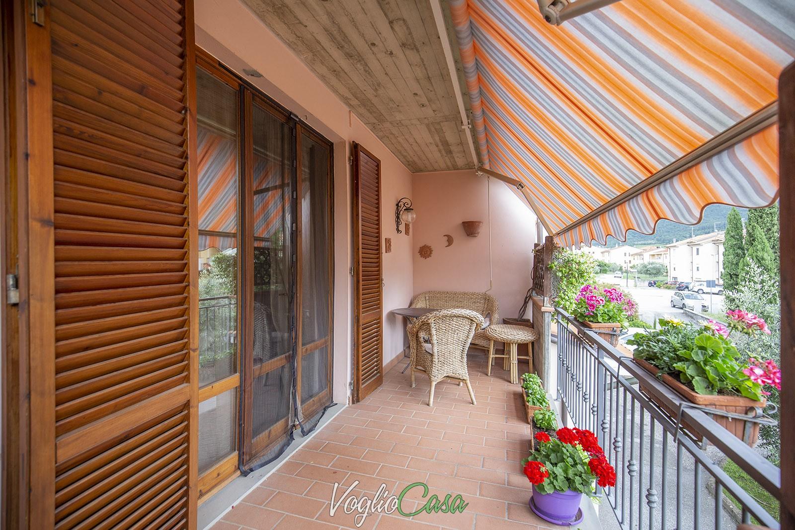 Loro Ciuffenna – Terratetto con giardino e garage